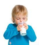 Mädchen mit Milch Lizenzfreie Stockfotos
