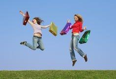 Mädchen mit Paketen Lizenzfreie Stockbilder