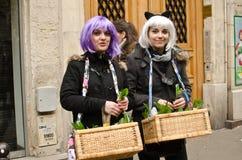Mädchen mit Perücken Lizenzfreie Stockfotografie