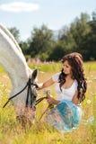 Mädchen mit Pferd Lizenzfreies Stockfoto