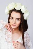 Mädchen mit sauberer Haut und schönem Gesicht Lizenzfreies Stockfoto