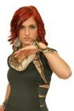 Mädchen mit Schlange Stockbild