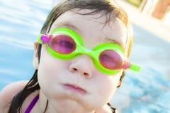 Mädchen mit Schutzbrillen Lizenzfreie Stockbilder