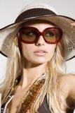 Mädchen mit Sonnenbrillen Stockbild