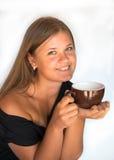 Mädchen mit Tasse Kaffee Lizenzfreie Stockfotos