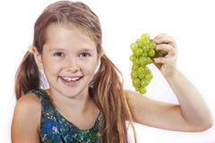 Mädchen mit Trauben Lizenzfreies Stockbild