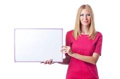 Mädchen mit unbelegtem Vorstand Stockfoto