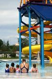 Mädchen am Pool Lizenzfreies Stockbild