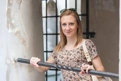 Mädchen in Prag-Straßen Stockfotografie