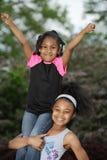 Mädchen-Praxis-Cheerleading Bremsungen Lizenzfreies Stockfoto