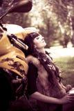 Mädchen-Radfahrer Motorrad Lizenzfreie Stockfotos