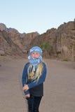 Mädchen reist die Wüste Lizenzfreie Stockbilder