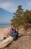 Mädchen-Seehimmel Sand Stockfoto