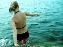 Mädchen u. Wasser. Lizenzfreie Stockbilder