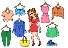 Mädchen und ihre Sommerkleidung Lizenzfreie Stockfotografie