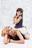 Mädchen und Mama Lizenzfreie Stockbilder