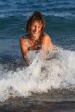 Mädchen und Meer Stockfotografie