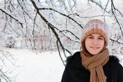 Mädchen und Natur lizenzfreie stockbilder