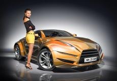 Mädchen und Sportauto stockbild
