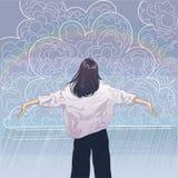 Mädchen verbreitete ihre Arme in Richtung zu den regnerischen Wolken Lizenzfreie Stockfotos