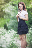 Mädchen von weißen Blumen Stockbild