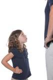 Mädchen wütend am Vati Stockbilder
