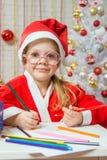 Mädchen-Weihnachtsgnom-Zugnummer für Weihnachten Lizenzfreie Stockbilder
