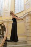 Mädchen, welches die Violine spielt Lizenzfreie Stockbilder