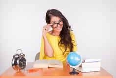 Mädchen zurück zu Schule Lizenzfreie Stockfotos