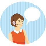 Mädchenbetreiber in den Kopfhörern auf blauem Hintergrund mit Streifen, Spracheblase Stockbild