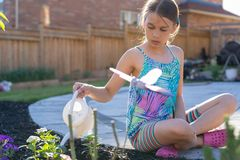 Mädchenbewässerungsanlagen Lizenzfreies Stockbild