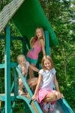 Mädchenfahrt auf ein Schwingen Lizenzfreie Stockbilder