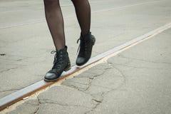 Mädchengehen Lizenzfreies Stockbild