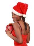 Mädchenholding-Weihnachtsgeschenk stockfotografie