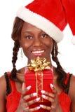 Mädchenholding-Weihnachtsgeschenk stockbilder