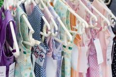 Mädchenkleidung der jungen Kinder Lizenzfreie Stockfotografie