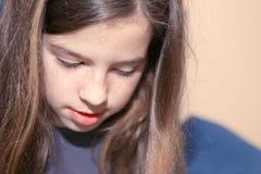 Mädchenlesung Lizenzfreies Stockfoto