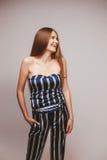 Mädchenportrait im Studio Stockfoto