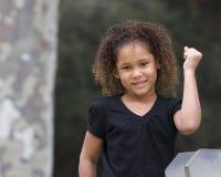 Mädchensignalisieren Erfolg Stockbilder