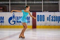 Mädchenzahl Schlittschuhläufer Stockfotografie
