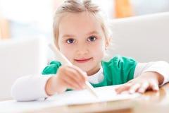 Mädchenzeichnung Lizenzfreie Stockfotos