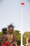 Män i traditionell torkduk från Papua Arkivbild