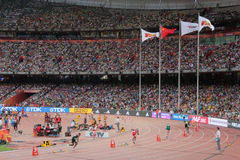 Män 400 mäter häckar på IAAF-världsmästerskap i Peking, Kina Fotografering för Bildbyråer