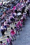 Män och kvinnor i traditionella dräkter Cusco Peru South America royaltyfria foton