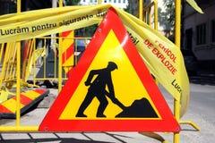 Männer bei der Arbeit im Bau. lizenzfreie stockfotos