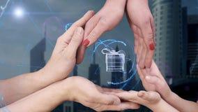 Männer ` s, Frauen ` s und Kind-` s Hände zeigen eine Geschenkbox des Hologramms 3D stock footage
