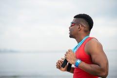 Männliche Athletenmotivation für Training lizenzfreies stockbild