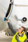 Männliche Flughafenarbeitskraft Stockfotografie