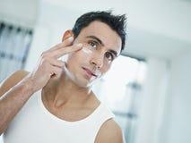 Männliche Schönheit Lizenzfreie Stockfotografie