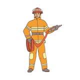 Männlicher Feuerwehrmann im Schutzanzug, im Sturzhelm und in den Handschuhen, mit einem roten Schlauch in seinen Händen Die Arbei stock abbildung